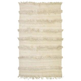 Vintage Mid-Century Berber Handira Tamizart Moroccan Wedding Blanket / Rug - 4′8″ × 6′1″ For Sale
