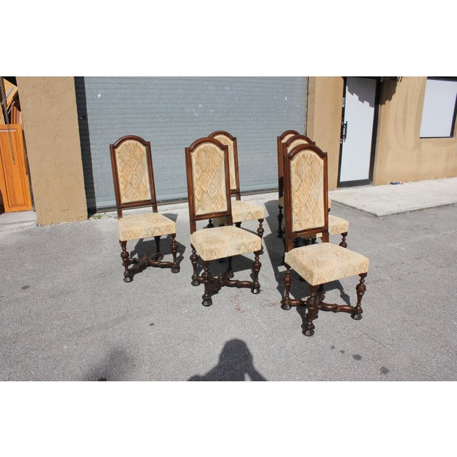 Fine set of 6 Louis XIII style dining chairs with chapeau de gendarme backs, circa 1900th century. Vintage fabric...