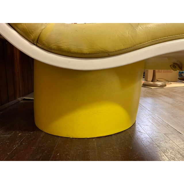 Mid Century Fiberglass Yellow Modern Wave Lounge Chair For Sale - Image 9 of 10