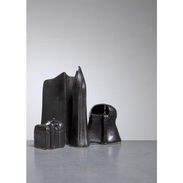 Antje Schimpfle Set of Four Sculptural Ceramic Vases, Germany, 1980s For Sale - Image 4 of 9