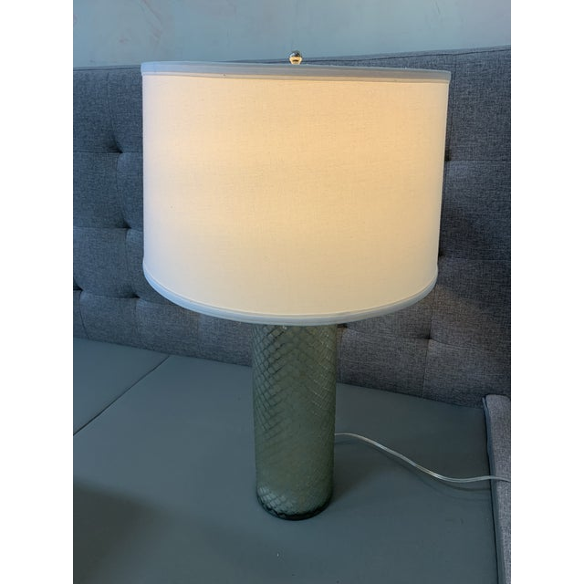 Ethan Allen Ethan Allen Lattice Glass Table Lamp With Shade For Sale - Image 4 of 10