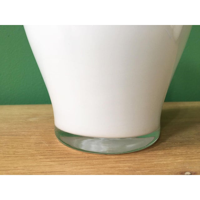 Mid-Century Modern 1970's Vintage Crown Staffordshire White Glass Vase For Sale - Image 3 of 7