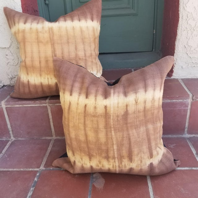 Hand Woevn Tie Dye Pillow - a Pair For Sale - Image 4 of 4