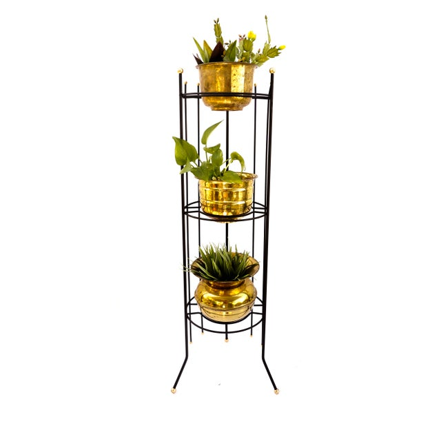 1950s Mid-Century Atomic Era 3-Tier Metal Plant Stand ||Retro/Industrial Chic Black & Gold Tri-Level Vertical Tall Planter Stand || Sputnik Design For Sale - Image 5 of 11