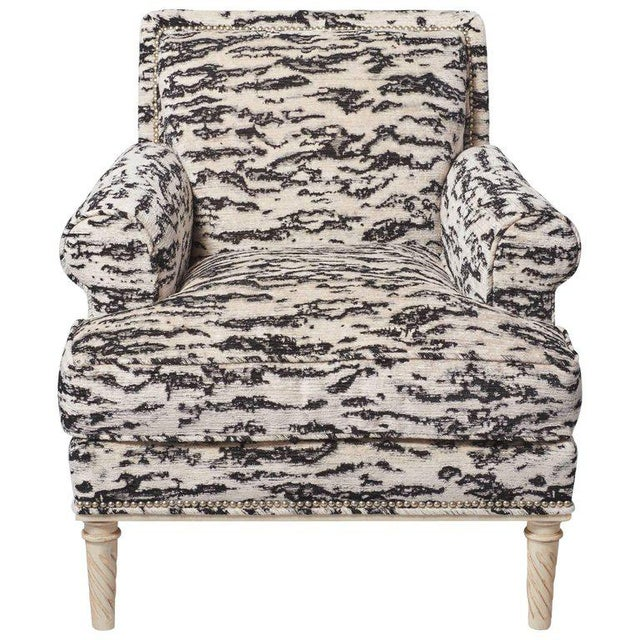Schumacher Jansen Serengeti Tigre Blanc Chenille Maplewood-Legged Sock Arm Chair For Sale In New York - Image 6 of 6
