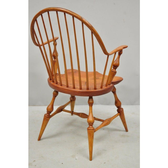 Antique d.r. Dimes Wooden Windsor Bow Back Continuous Arm Dining Chair (B) For Sale - Image 9 of 13