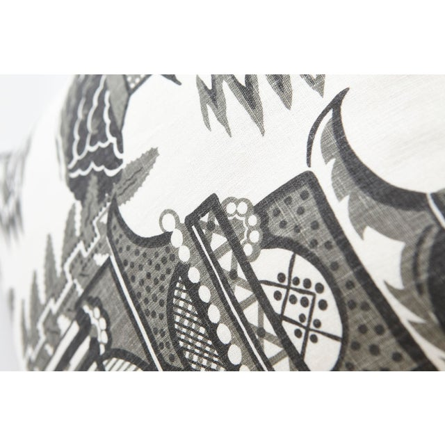 Based on an archival print, Nanjing is a modern take on classic Chinoiserie motifs, with stylized trees, pagodas and...