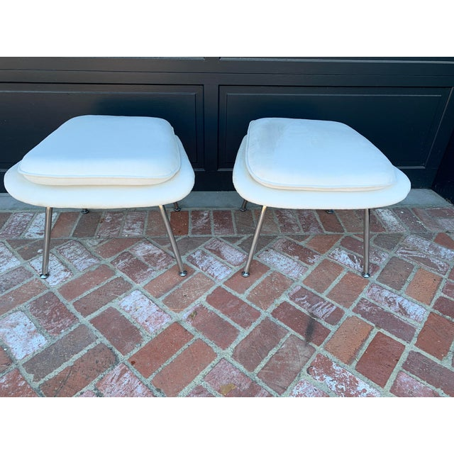 Early 21st Century Contemporary Ottomans - a Pair For Sale - Image 5 of 5
