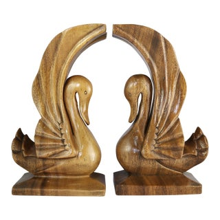 Vintage Wood Swan Wooden Birds Sculptures - a Pair For Sale