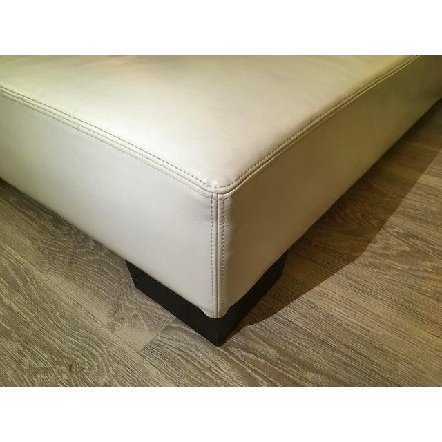 Modern White Leather Minimal Square Sofa - Image 7 of 10