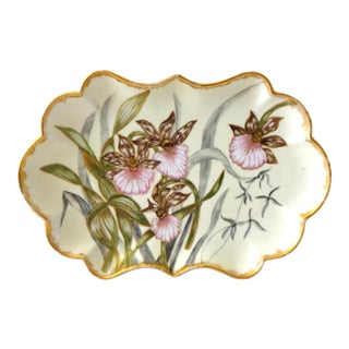 Late 19th Century Antique Art Nouveau Hand-Painted Scalloped Plate With Irises For Sale