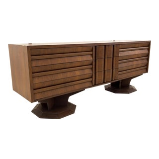 20th Century Brutalist Pedestal Base 9-Drawer Dresser For Sale