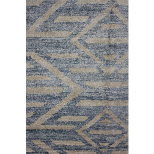 Aara Hand Knotted Bamboo Rug- 5′ × 7′ For Sale - Image 4 of 4