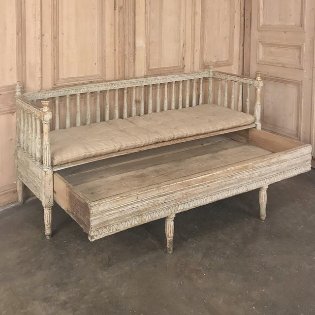 18th Century Swedish Gustavian Period Day Bed ~ Hall Bench Ca. 1790 For Sale - Image 10 of 13