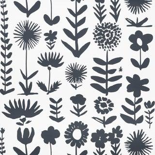 Sample - Schumacher X Vera Neumann Wild Things Wallpaper in Black For Sale