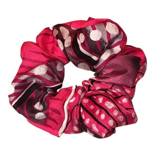 Hermes Handmade Baobab Cat Silk Scarf Scrunchie in Pink, Black and White For Sale