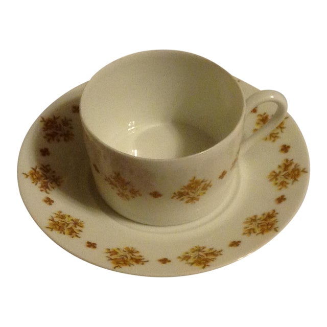 This set of six cups and saucers are in perfect condition. Even though they were made before 1955, there is no sign of any...