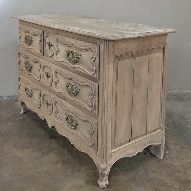 Country 18th Century Country French Stripped Oak Provincial Commode For Sale - Image 3 of 13