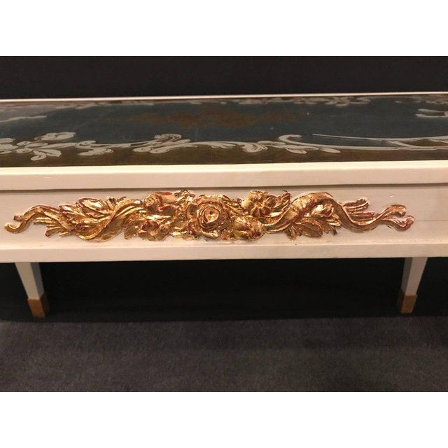 Hollywood Regency Eglomise Top Parcel Paint and Gilt Decorated Coffee Table For Sale - Image 4 of 12
