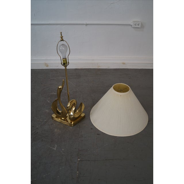 Vintage Italian Brass Swan Elegant Table Lamp For Sale In Philadelphia - Image 6 of 10