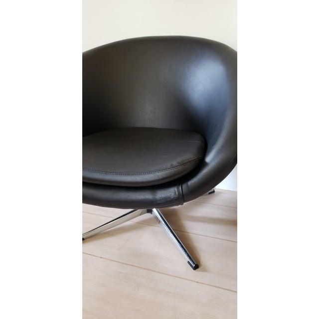 1970s Mid Century Modern Overman Swivel Pod Chairs - a Pair For Sale - Image 10 of 13