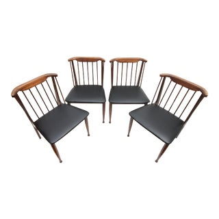 1960s Vintage United Furniture Corp Dining Spindle Back Chairs- Set of 4 For Sale