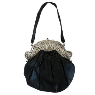 Victorian Hand Bag with Large Decorative Sterling Silver Clasp For Sale