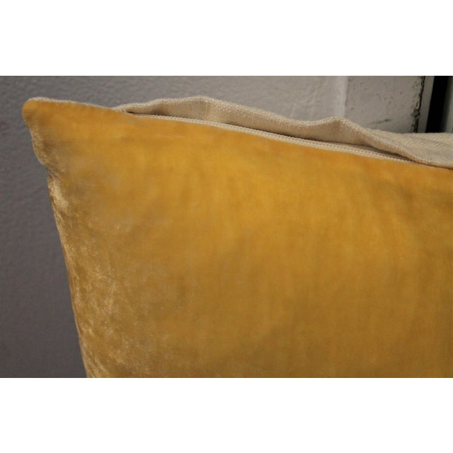 Modern Pair of Golden Yellow Velvet Pillows For Sale - Image 3 of 8