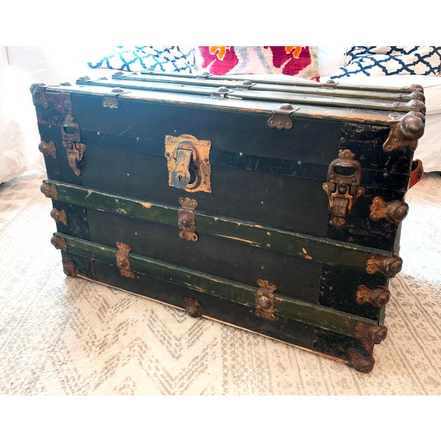 Antique Endebrock Trunk Co Dark Green Railway Travel Trunk With Brass For Sale - Image 4 of 13