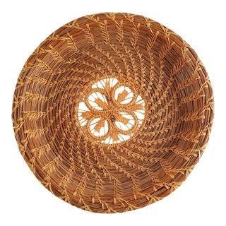Vintage Pine Needle & Raffia Woven Basket Tray For Sale