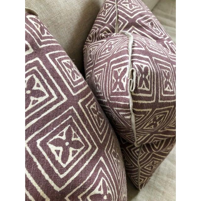 Silk Quadrille China Seas Designer Made Fiorentina Throw Pillows - a Pair For Sale - Image 7 of 13