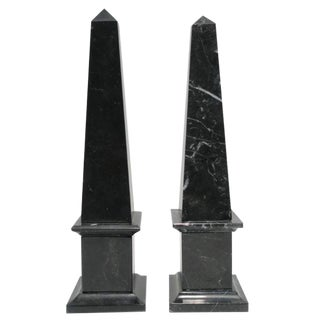 Italian Modern Black and White Obelisk Sculptures - a Pair For Sale