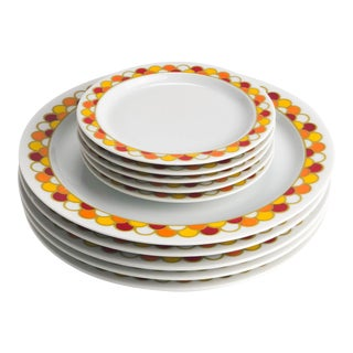 Georges Briard Carousel Pattern Dinner and Bread Plates - Set of 10 For Sale