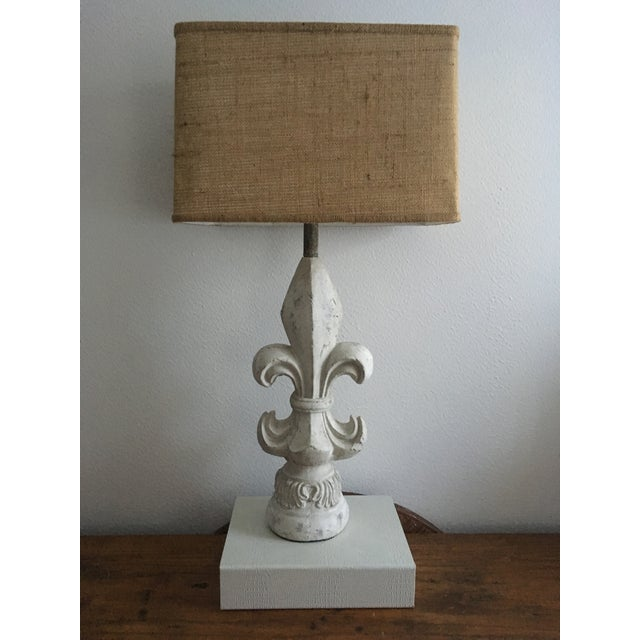 1970s Flue De Lis Style Lamp with Rectangle Burlap Shade For Sale - Image 5 of 5