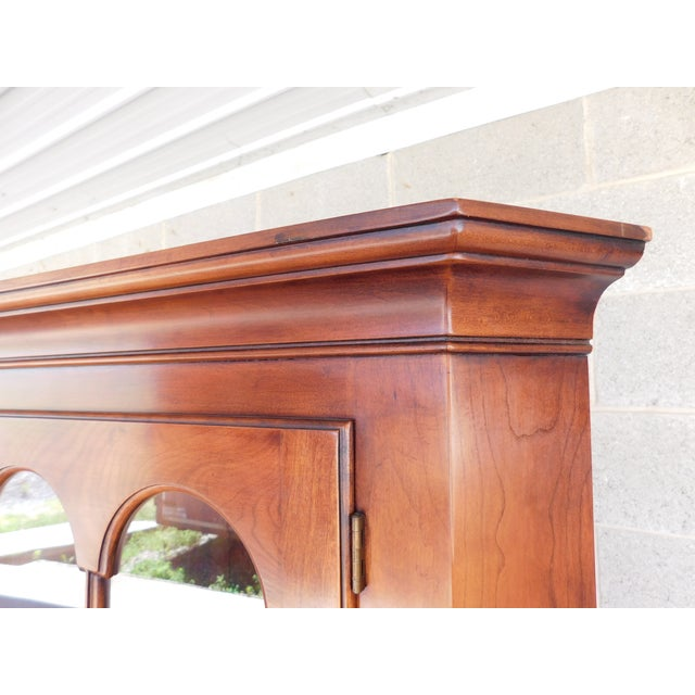 Statton Old Towne Chippendale Style Cherry Corner Cabinet For Sale - Image 11 of 13