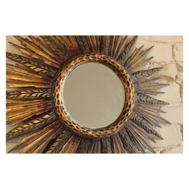 French Midcentury French Sunburst Mirror With Feathered Rays and Original Mirror Glass For Sale - Image 3 of 8