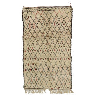 20th Century Berber Moroccan Azilal Rug - 5′5″ × 9′5″ For Sale