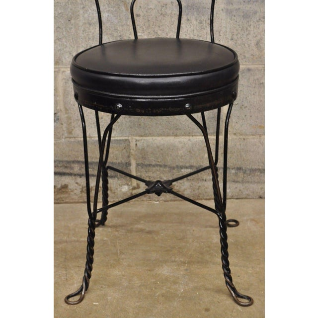 Cream Antique Twisted Heart Back Wrought Iron Ice Cream Parlor Dining Chairs - Set of 4 For Sale - Image 8 of 11