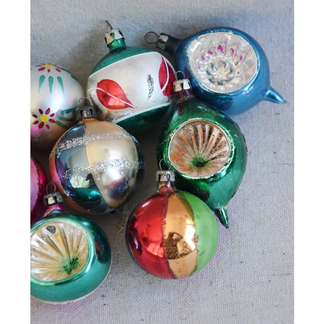 Cardboard Fancy Midcentury Vintage Colorful Christmas Tree Ornaments W/Box - Set of 12 For Sale - Image 7 of 9