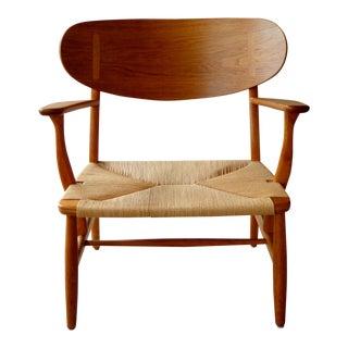 Ch-22 Lounge Chair by Hans Wegner for Carl Hansen & Son For Sale