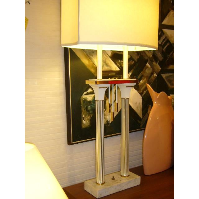 Hollywood Regency 1950s Modernist Columnar Lamp With White Marble Base For Sale - Image 3 of 8