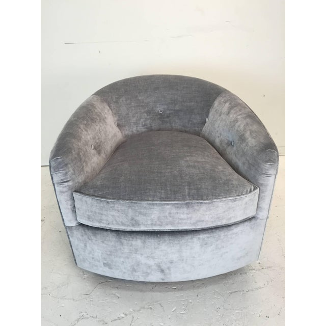 Metal Pair Milo Baughman Style Swivel Chairs For Sale - Image 7 of 9