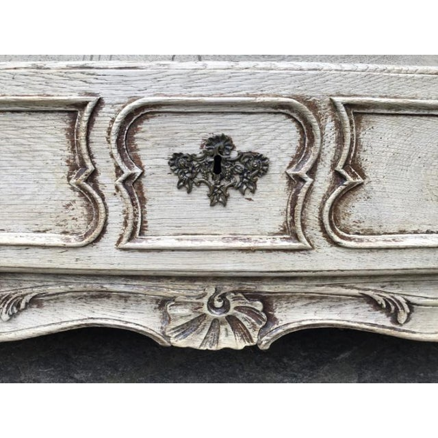 18th C. Louis XV Commode For Sale - Image 4 of 9