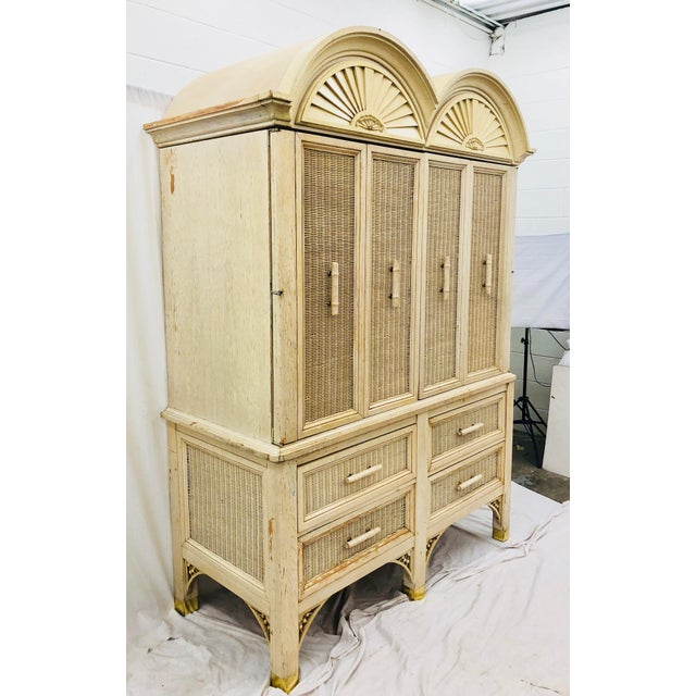 American of Martinsville Vintage Faux Bamboo Chippendale Style Hutch For Sale - Image 4 of 13