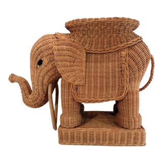 Vintage Italian Wicker Elephant Side Table Palm Beach Garden Stool