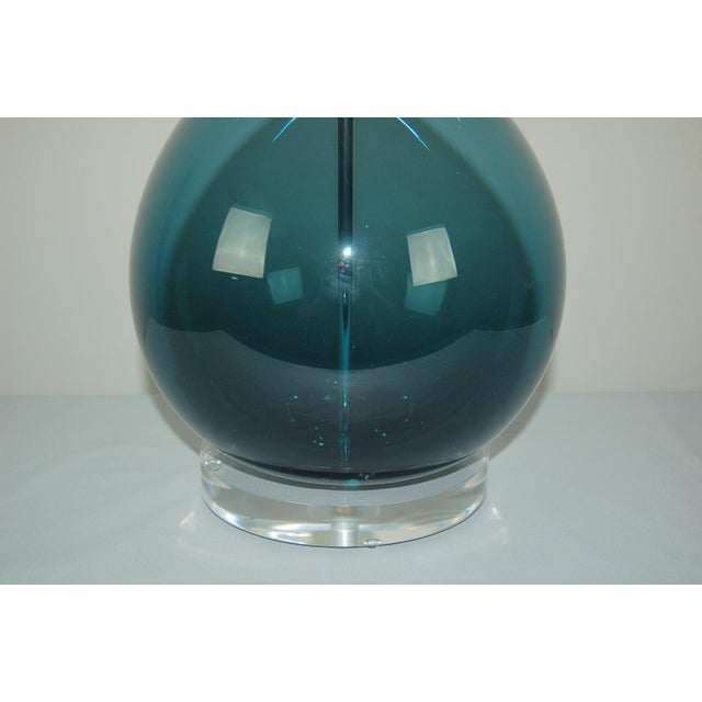 1960s Marbro Arthur Percy Swedish Glass Table Lamp Teal Blue For Sale - Image 5 of 7