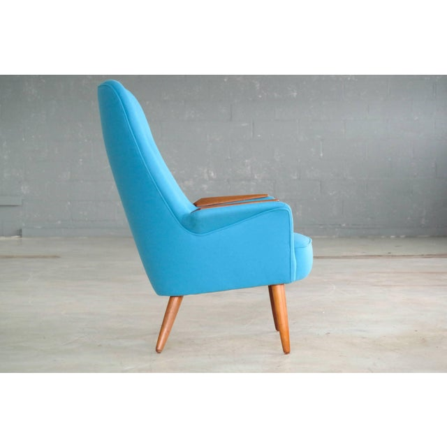 Frode Holm Attributed 1950s Lounge Chair With Teak Armrests Upholstered in Kvadrat Divino Wool For Sale In New York - Image 6 of 10