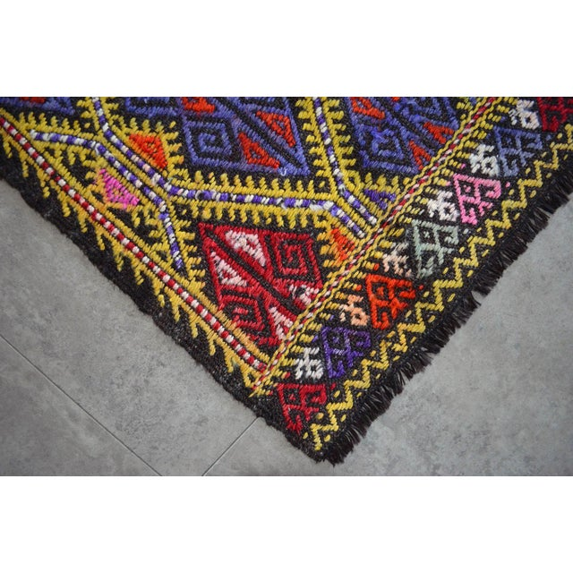 Masterpice Hand Woven Vintage Braided Turkish Rug Wool Kilim Jajim- 5′7″ × 9′2″ For Sale - Image 9 of 11
