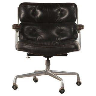 Time Life Lobby Executive Desk Chair by Charles Eames for Herman Miller, Signed For Sale