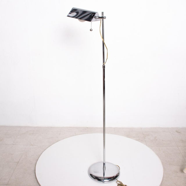 1980s Mid-Century Modern Chrome Reading Floor Lamp After Koch Lowy For Sale - Image 5 of 10